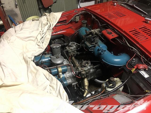 ヨタハチのエンジン交換作業風景